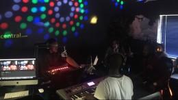 #unTV – OOC with Daniel Baron & Zahara